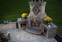 Haven--Outdoor Kitchen/ Fire Pits and Bathrooms / by Lisa Stringer