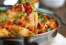 Food: Pasta and Casserole Dinners / by Tara