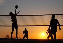 Beach Volley Sunsets / Wonderful beach volley sunsets! Bellissimi tramonti di giocatori di beach volley e spiagge! Hermosas puestas de sol con jugadores de voleibol de playa y playas!