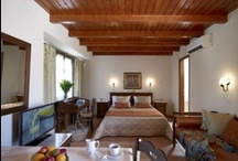 Rooms / The hotel Palazzo Vecchio Exclusive Residence is one of the oldest mansions of Rethymno, an excellent example of the urban Venetian architecture. Recently restored and renovated with great respect & care to its history.