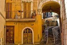Ƭɦҽ ɠᎥɽl ʄɽσɱ ᏣᎥŋquҽ Ƭҽɽɽҽ / Boho style mixed with Italian style in mustard and yellow... ☯