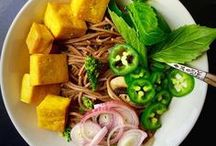 Best Asian Noodle Recipes / When east meets west - noodles meet pasta. Here you will find lots of cool Asian noodle recipes, noodle soup, stir fried noodles, as well as delicious pasta recipes.