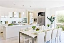 Gourmet Kitchens / Entertaining and everyday living in Kitchens that inspire any cook.