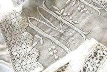 linen, lace & pearls / who can resist the shimmer of pearls and the roughness of linen...