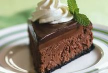 Gluten Free Sweets & Treats / Sweets, treats, and desserts made without flour for those on a gluten free diet.