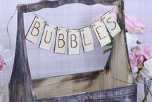 Kids Table Wedding / If your having kids at your wedding then try these great ideas to keep them entertained