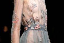 Dresses/ dress ideas <3