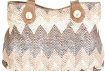 Purses / Hope you like my board of beautiful purses! / by Nancy Badillo