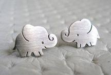 Elefantes <3 - Ropa & Accesorios / by Amaya Santamaria Zeberio