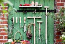 * Joli jardin * / Vivre d'amour et d'eau fraîche.