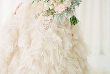 Wedding Dresses / www.elizabethlloydphotography.com https://www.facebook.com/ElizabethLloydPhoto Fun, fresh, romantic & In the moment Wedding Photography
