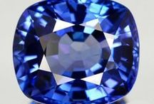 JFJ Styles: Tanzanite / A tanzanite fascinates with its unusual, captivating aura. Its deep blue with the slightly purple tinge is one of the most extravagant colours known to Man. It personifies immaculate, yet unconventional elegance.  A person who wears it exudes confidence and individuality. The almost magical colour of a perfectly cut tanzanite is one that not only suits confident young women; it is also excellently suited to underlining the individuality of the more mature woman.
