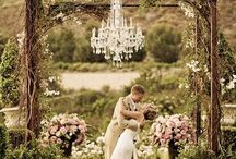 Spring Wedding Ideas / Beautiful ideas inspired by the season of spring.