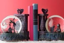 Cool & Unusual Bookends❤️ / by Nicole Gunther