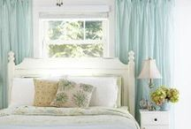 Bedroom Décor - Windows / Window treatment ideas for the bedrooms in your home. #windows #decor