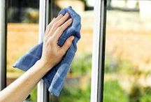 Tips For Cleaning Windows  / Need window cleaning tips? Here are cleaning tips you can use to clean the windows around your home! #cleanhome #cleaningtips