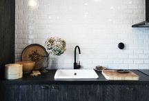 Kitchen / Kitchen inspiration | Scandinavian style |  kitchen concrere tap countertop splashback kitchencabinet kitchencloset keittiö sisustus koti hana kaakelit sink