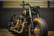 Custom made Harley Davidson / Selection of the best custom made motorbikes based on Harley Davidson motorcycle. Cafe racer, scrambler, tracker, brat, brat bob, chopper, street fighter
