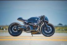custom built BMW motorcycle / Selection of the best custom made motorbikes based on BMW motorcycle. Cafe racer, scrambler, tracker, brat, brat bob, chopper, street fighter
