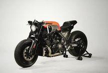 Custom YAMAHA V-MAX motorcycle / Selection of the best custom made motorbikes based on Yamaha V-max. Cafe racer, scrambler, tracker, brat, brat bob, chopper, street fighter