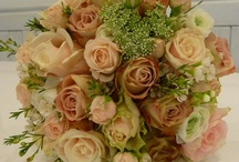 Peach, country and pretty flower ideas