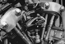 KNUCKLEHEADS - PANHEADS - SHOVELHEADS - IRONHEADS / HARLEY DAVIDSON MOTORCYCLES
