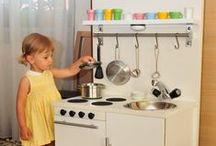 Játékkonyha ötletek - Play kitchen DIY / Saját kezűleg készített játékkonyhák.