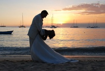 Weddings in the Caribbean / Whether you have always imagined yourself exchanging vows barefoot on the beach against a vibrant sunset or want to be married in the magnificent Yacht Club Tracadero or in a quaint Catholic church that dates to colonial times, Santo Domingo Vacation D'Elite is here to offer expert advice and flawless execution.