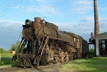 ABANDONDED TRAINS & TRACKS / by Snooks Thomas