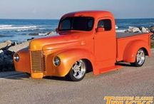 ROCKIN' OLD TRUCKS / by Snook Thomas