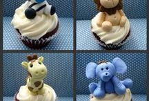 Mini & cupcake decor / by Helen Resende