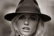 Hats/Pălării