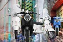 Onze modellen / de elektrische scooters van emco zijn allemaal uniek en van geweldige kwaliteit. emco: Duitse kwaliteit die elektrisch rijdt!