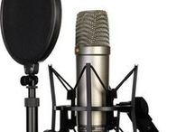 Singer's Tool Box / All the equipment you need to get out there and perform! Microphones, PA's, software etc...