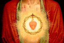 Sacred Heart / beautiful images of the Sacred Heart of Jesus for the First Friday Link-Ups at www.catholiccravings.com -- if you'd like to join this board, just comment on a pin and we'll make it happen!