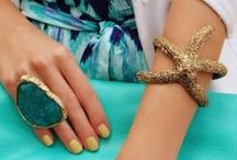 Accessories / by Yollmary Genao