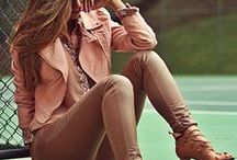 Estilo calça bege / Inspiração de look com calça bege, marrom.