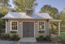 Garden Sheds/Back Yard Retreats / She Sheds / by Lynda Catherine