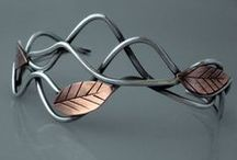 Wire cuffs & bangles / bracelets, cuffs or bangles made mainly with wire