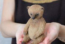 Sweet Bears / antique and artist bears