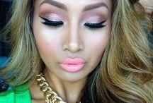 Makeup / by Raíza Dias