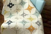 Jelly Roll Quilts / Ideas to jelly roll quilts.