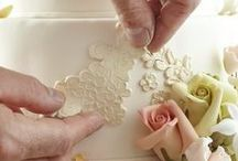 Cake Decorating / Cake decorating and other sugargraft tutorials, intructions, ideas and accessory.