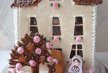 Gingerbread Houses / Gingerbread house recipes, tutorials and ideas.