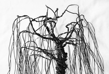 Metallic wire willow