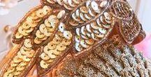 Tocados - anhelo / Las creaciones de an.hel.o se caracterizan tanto por sus osadas combinaciones de colores y formas peculiares como por la variedad de materiales utilizados. Tocados hechos a mano en San Sebastián