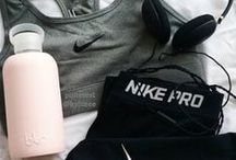 F i t n e s s  F a s h i o n / Sports clothing and trainers.