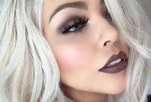 M a k e  u p / All sorts of makeup looks & tips.