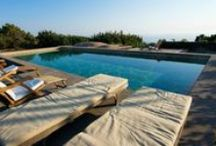 Villas in Sicily with private pool. Enjoy / Sicily has a fantastic sea — and most Anglo Saxons will be able to swim in it year round — but having a villa with pool, especially in high summer, adds much to even a seaside holiday. Our villas have all sorts of pools — infinity pools, plunge pools, pools big enough for a serious work out, and pools with the kinds of view you will remember for a lifetime.