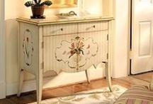 Painted Furniture / by Kimberly DeGraaf Wegeler